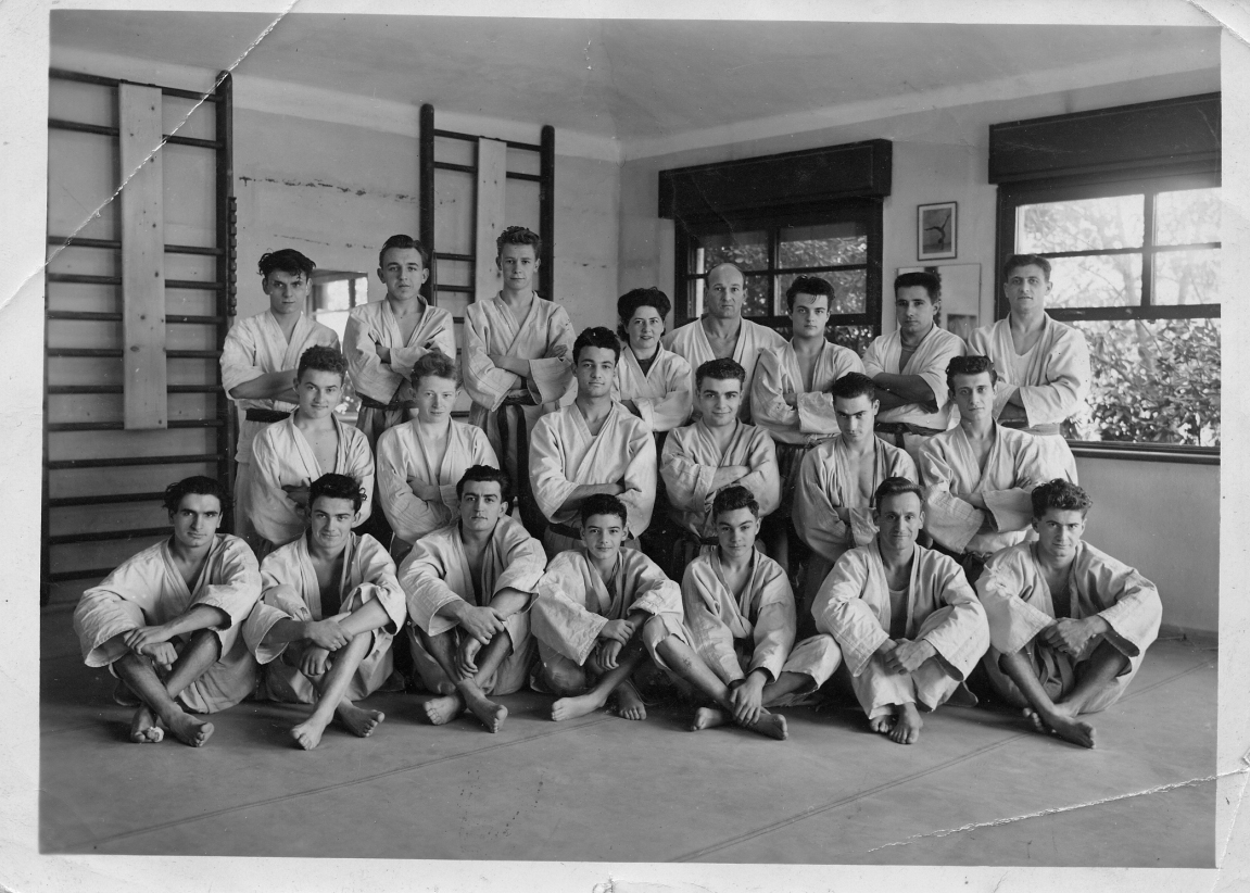 1950-a.jpg
